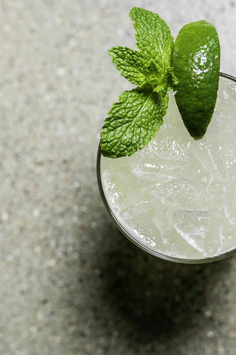 Call Your Smash: choice of spirit, ginger beer, mint sample, and house sour / Image: Amy Elisabeth Spasoff // Published: 5.31.18