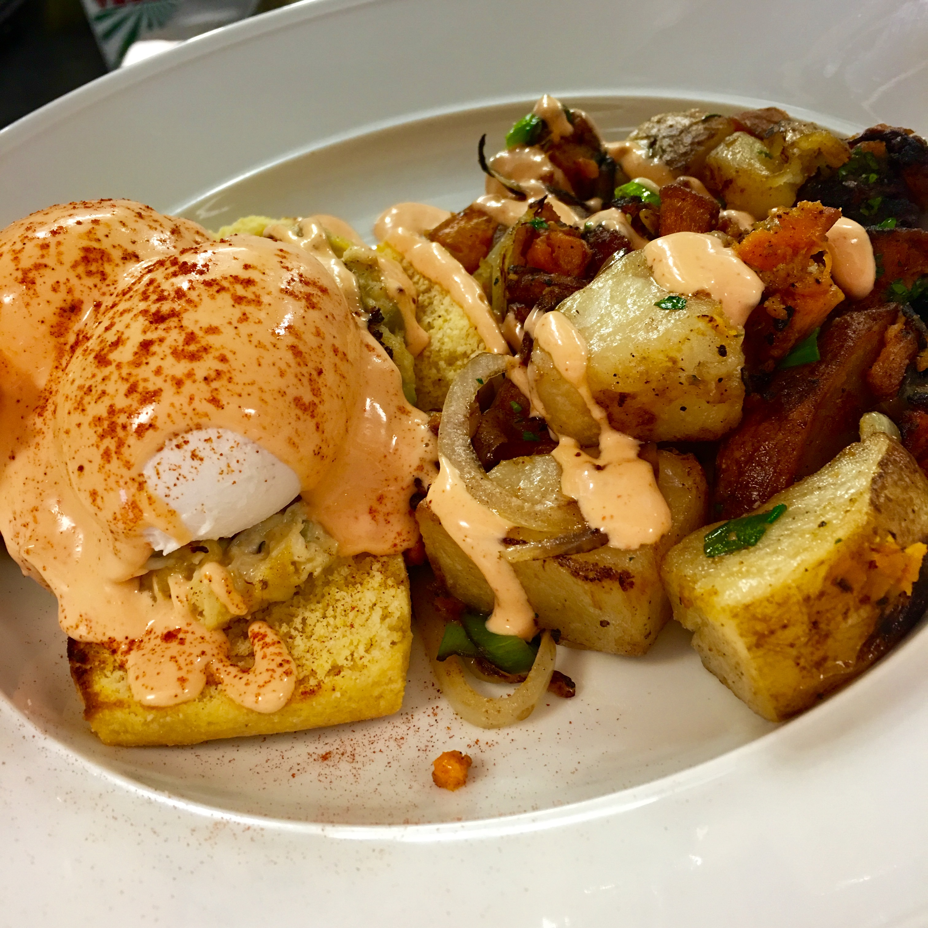 Crab Cake Benedict at Red's Table (Astri Wee Photography)<p></p>