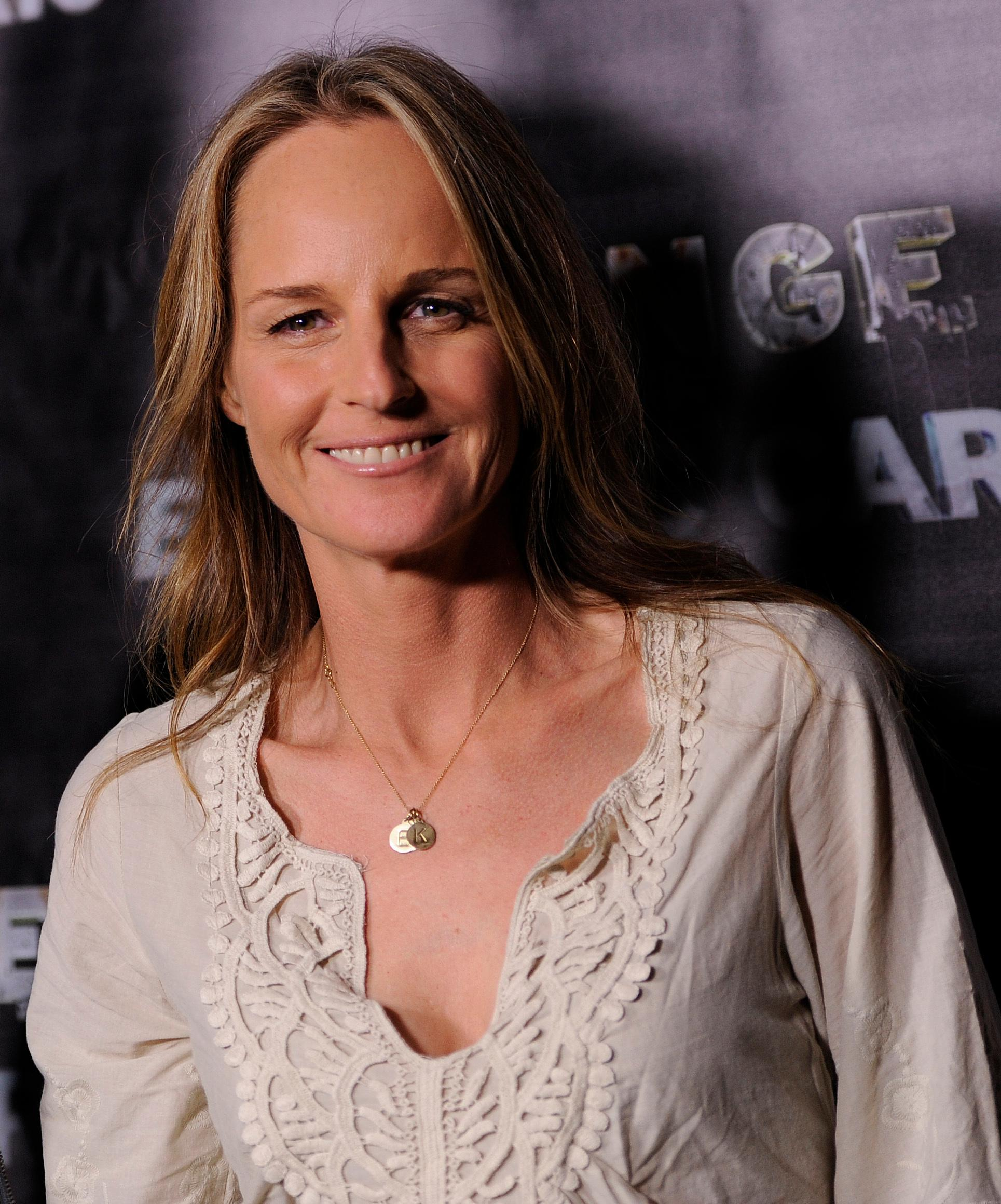 "FILE - In this Oct. 21, 2011 file photo, actress Helen Hunt poses at the premiere of the documentary film ""Revenge of the Electric Car,"" in Los Angeles. Egyptian activists have condemned Hunt for her participation in a government-organized youth conference that they say is whitewashing authorities' appalling human rights record and suppression of free speech. The open letter by Mona Seif and other well-known human rights advocates gained nearly 300 signatures by the afternoon of Tuesday, Nov. 7, 2017. (AP Photo/Chris Pizzello, File)"