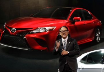 Toyota takes 23 percent hit to profit