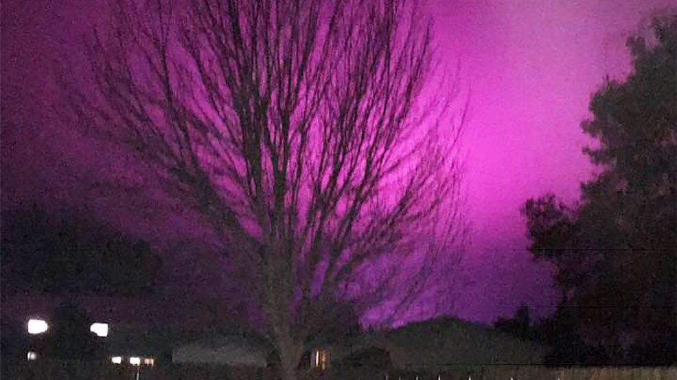 Mysterious Purple Glow Lights Up Eastern Wash Night Sky Komo
