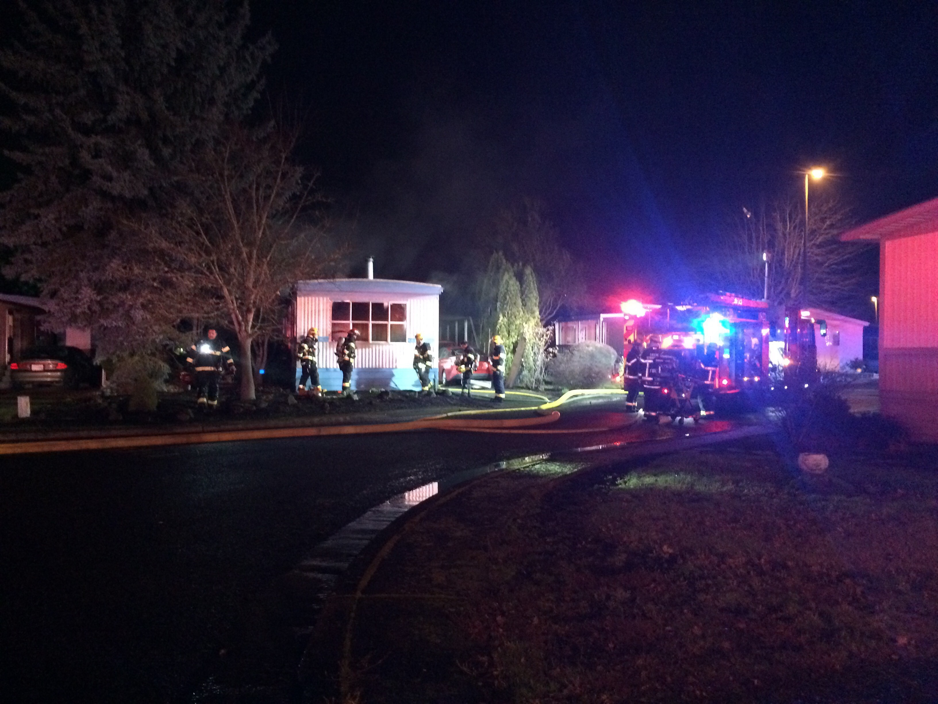 <p>A mobile home fire happened around 9 p.m. at the Daneland Mobile Home Park at 1199 Terry Street in Eugene, Dec. 26, 2017. (SBG)</p>