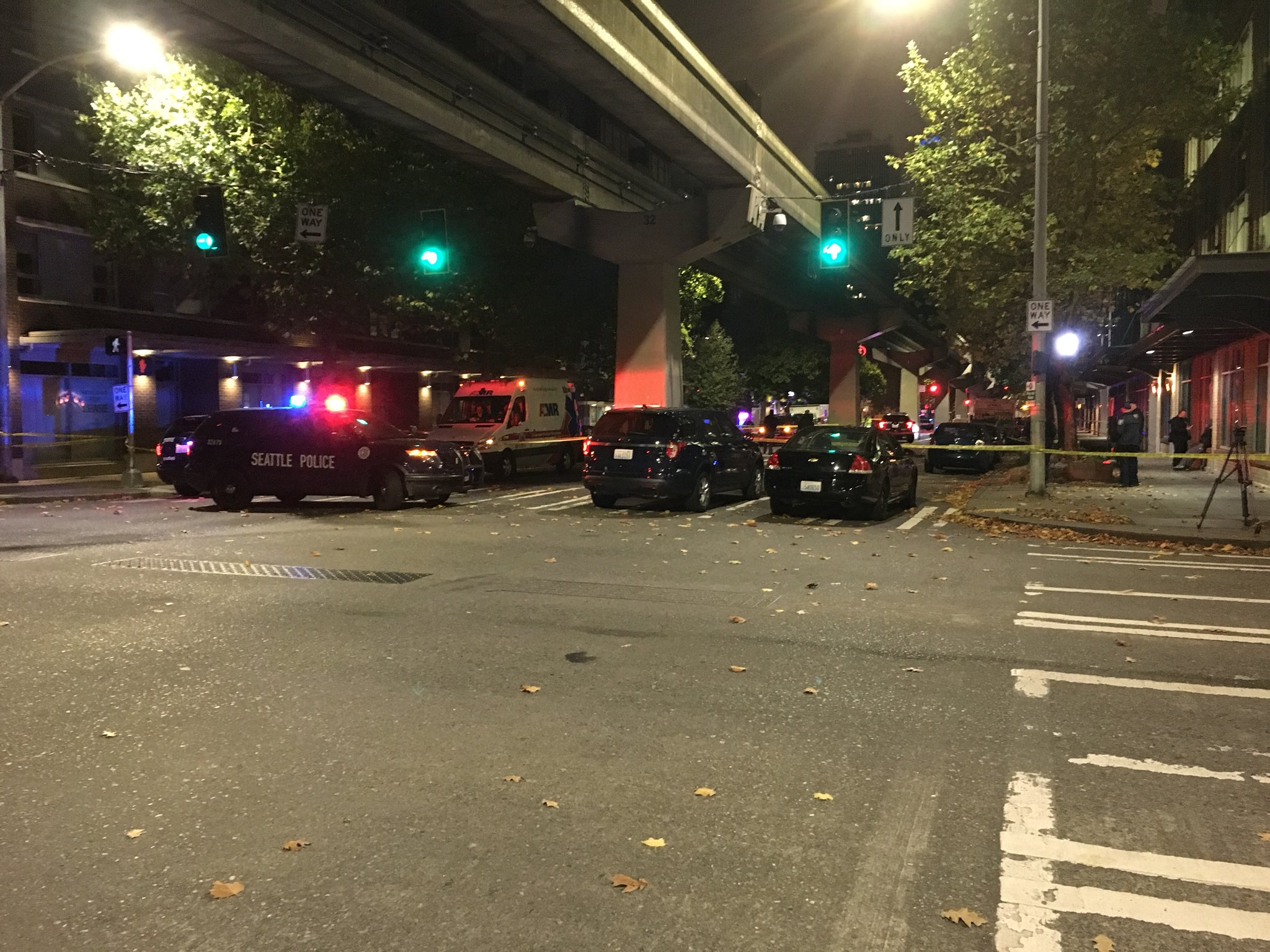 Police investigate a shooting in which two people were killed and one was wounded. (KOMO file photo)