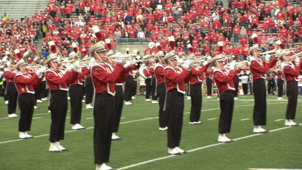 UW marching band to perform at Packers/Raiders game