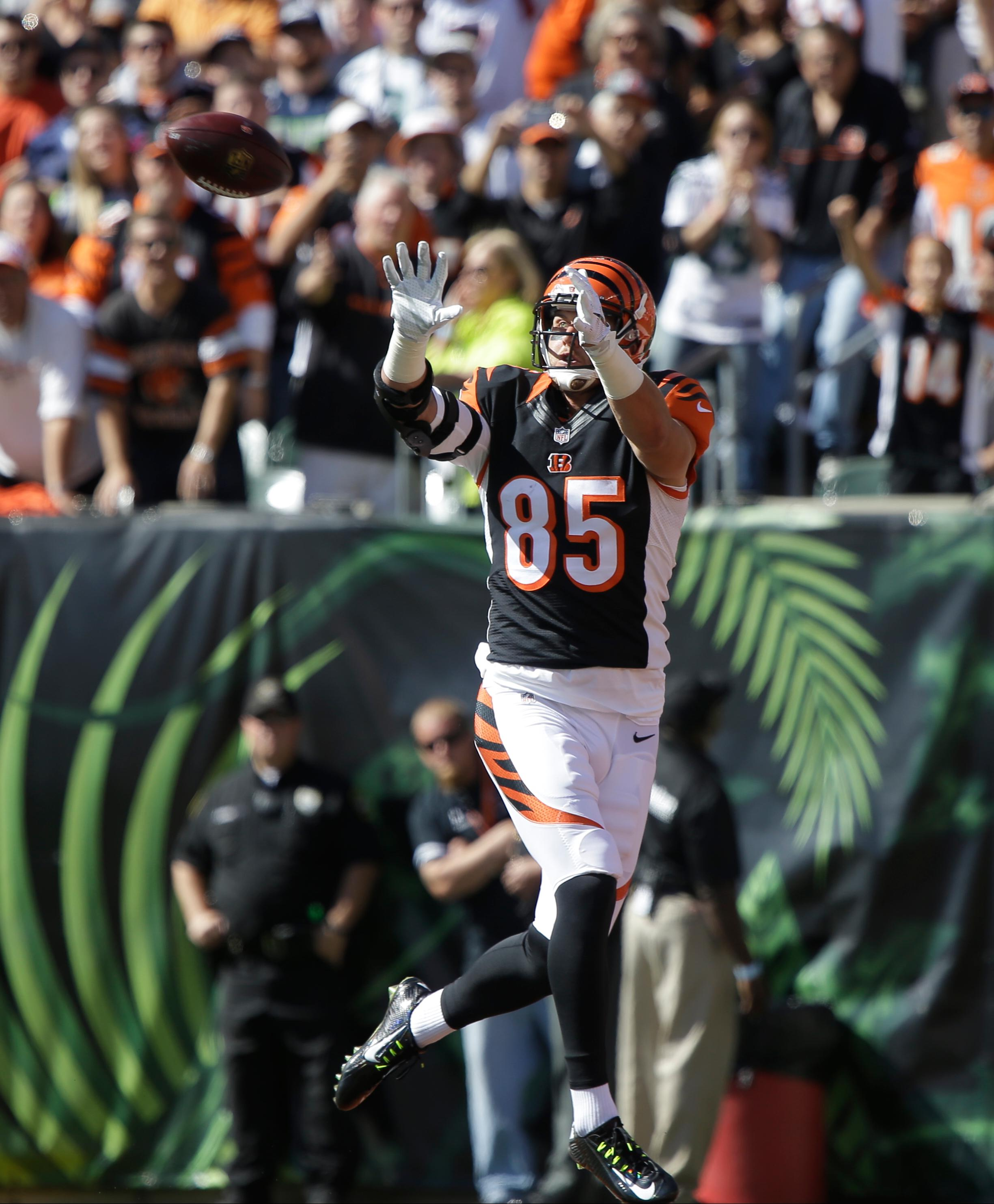 Eifert cleared from concussion protocol and full participant in