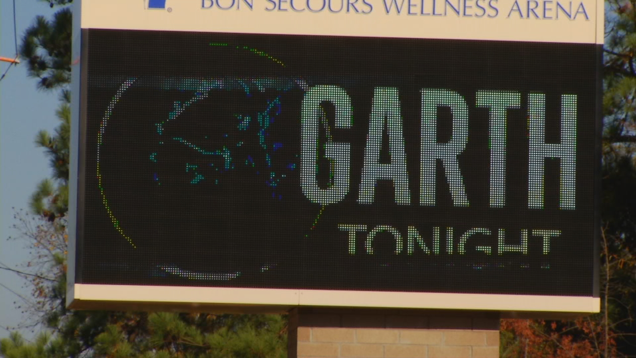 For the first time in 25 years, Garth Brooks played a show in Greenville, S.C.  Before the show got started, Brooks and his wife, Trisha Yearwood, spoke with News 13. (Photo credit: WLOS staff)
