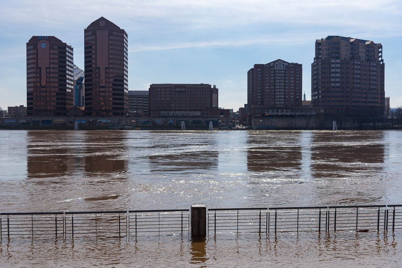 The flood from Sunday, February 18, 2018 at Smale Park / Image: Phil Armstrong, Cincinnati Refined // Published: 2.21.18