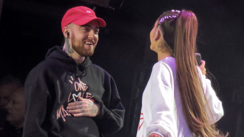 Ariana grande remembers late ex boyfriend mac miller with photo ariana grande and mac miller at the one love manchester concert to benefit the victims of the terror attack after her manchester show last month m4hsunfo