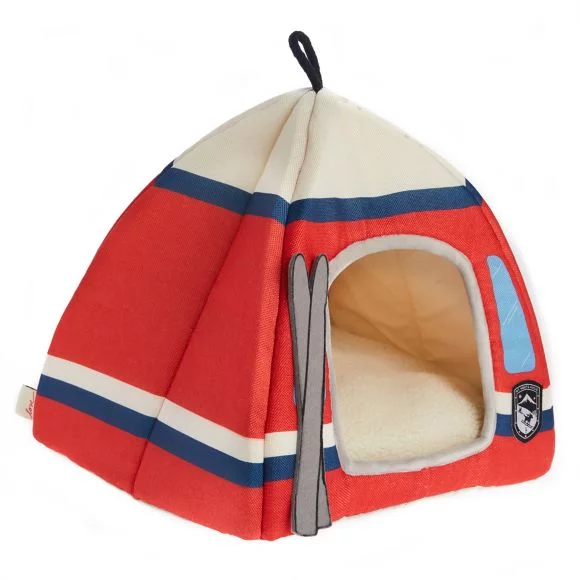 <p>Don't leave your furry friend out of winter sport fun! Provide them with a stylish place to relax in comfort. The Ellen DeGeneres Ski Lodge Hut features a ski lodge design in an adorable hut and includes a comfortable pillow. The pillow is easy to remove for machine washing. Available at petsmart.com. (Image: Petsmart)</p>