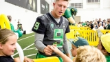 Photos: Fan Day welcomes public to meet Oregon Ducks athletes