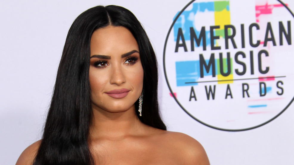 Demi Lovato's mother confirms singer is 90 days sober