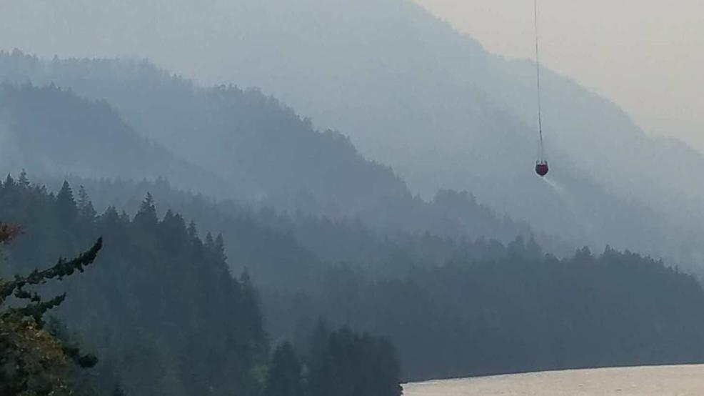 Wildfire Smoldering In Columbia River Ge Prompts Trail Closures Indian Creek Fire Closure Map