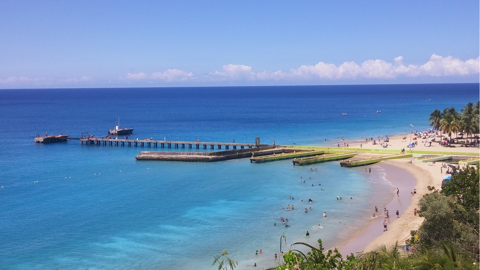 Crash_Boat_Beach_Aguadilla_Photo_courtesy_of_Puerto_Rico_Tourism_Company.jpg