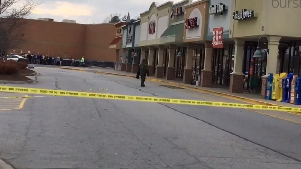 update authorites say no bomb in suspicious package at hendersonville walmart wlos