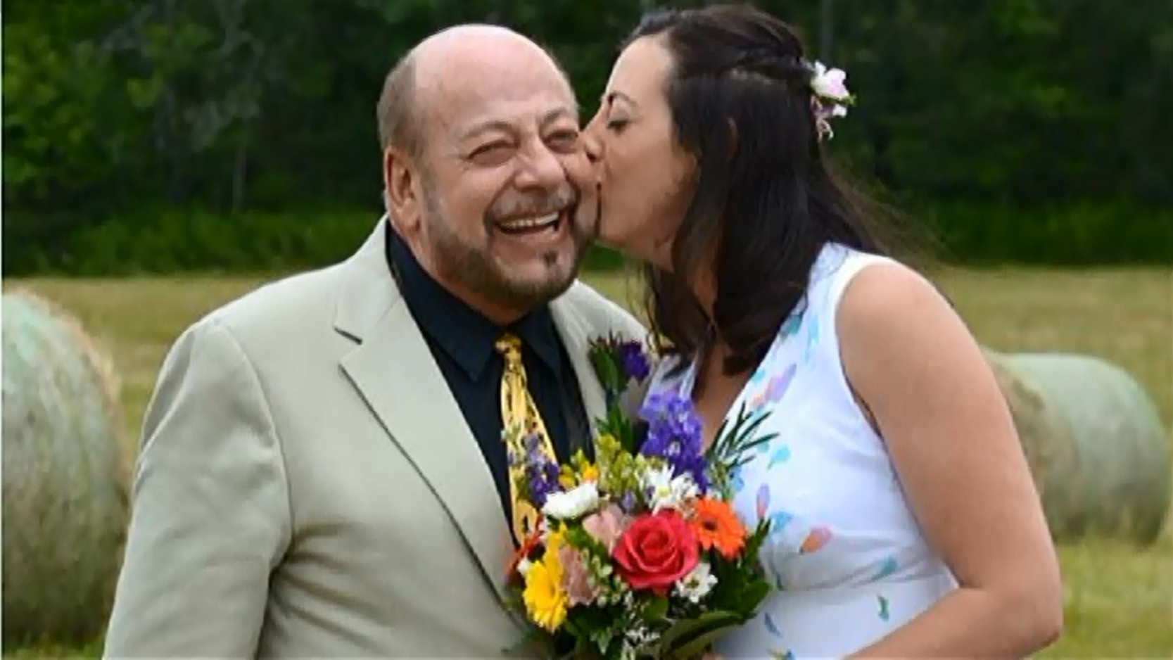 A Canadian Man Was Struck By Lightning While Giving Speech At His Daughters Wedding