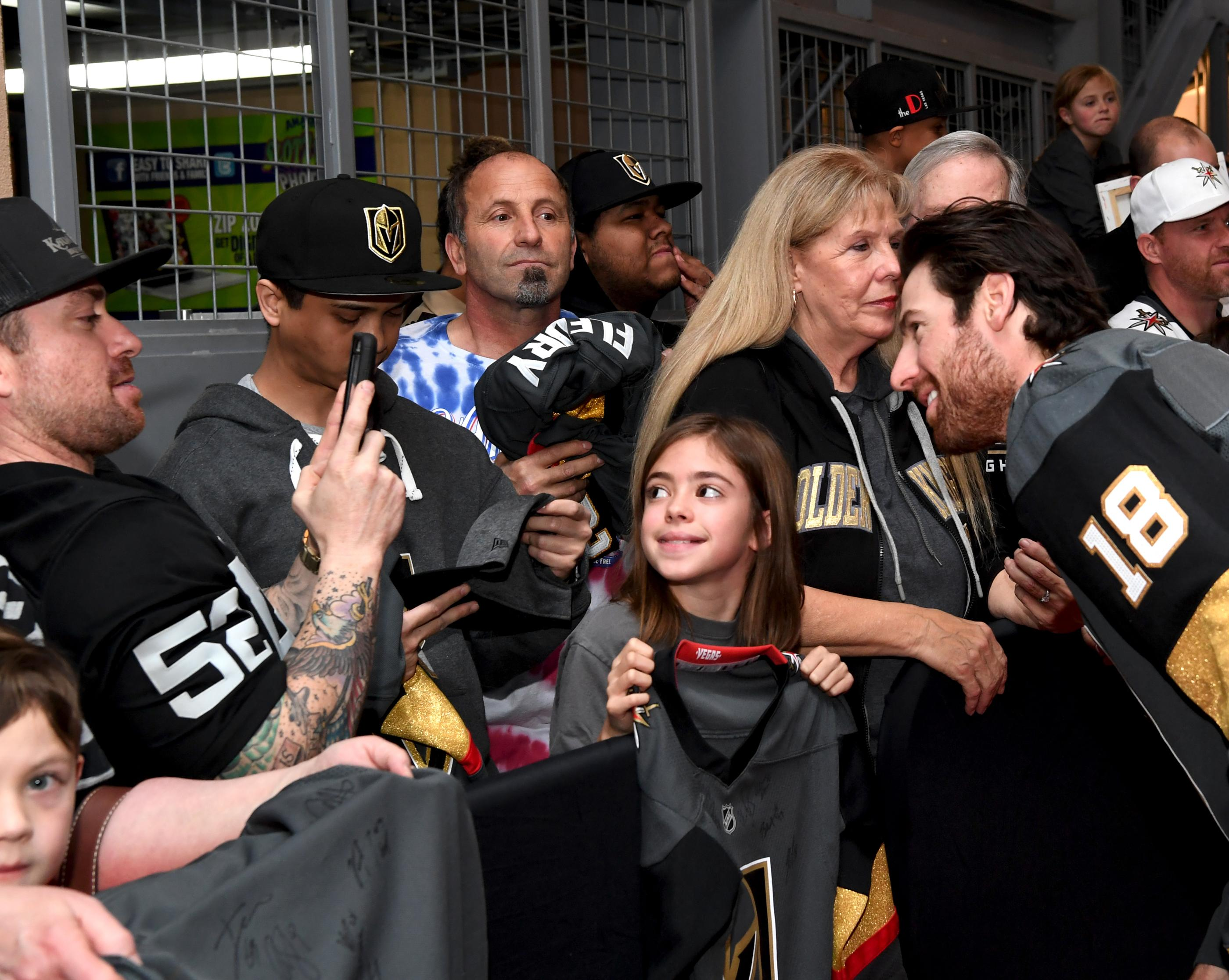 The Golden Knights host a Fan Fest with the D Las Vegas and Fremont Street Experience. Las Vegas Golden Knights player James Neal poses for a photo with a young fan at Fremont Street Experience. Sunday, January 14, 2017. CREDIT: Glenn Pinkerton/Las Vegas News Bureau