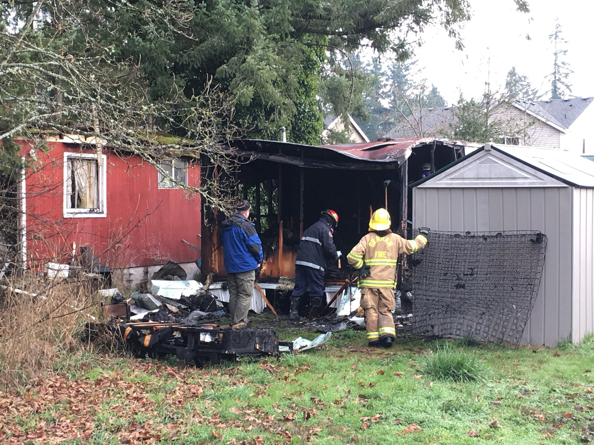 A fire burns a mobile home in Spanaway on Jan. 2, 2018 (KOMO Photo)<p></p>