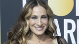 Andy Cohen defends Sarah Jessica Parker in Kim Cattrall feud