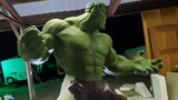 Artist channels the Hulk to combat depression, brings joy to comic convention fans