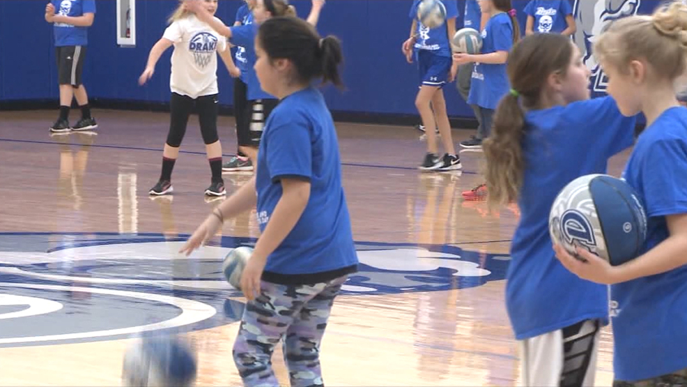 Drake University Hosts Free Sports Clinic for Young Girls