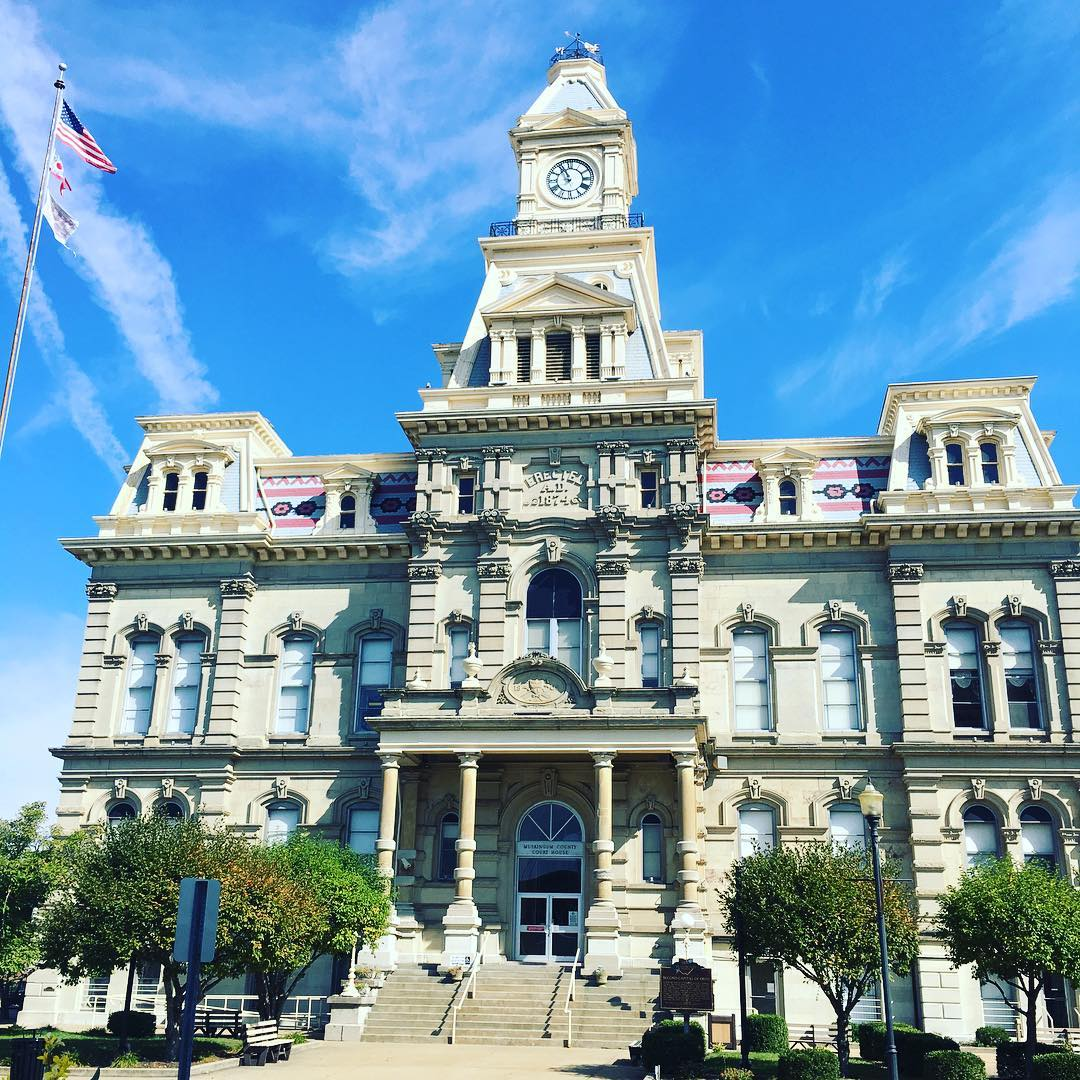 "IMAGE: IG user @thesem / POST: ""Gorgeous Muskingum County Courthouse"" / MORE: Check out #MansardMonday by following IG user @archi_ologie"