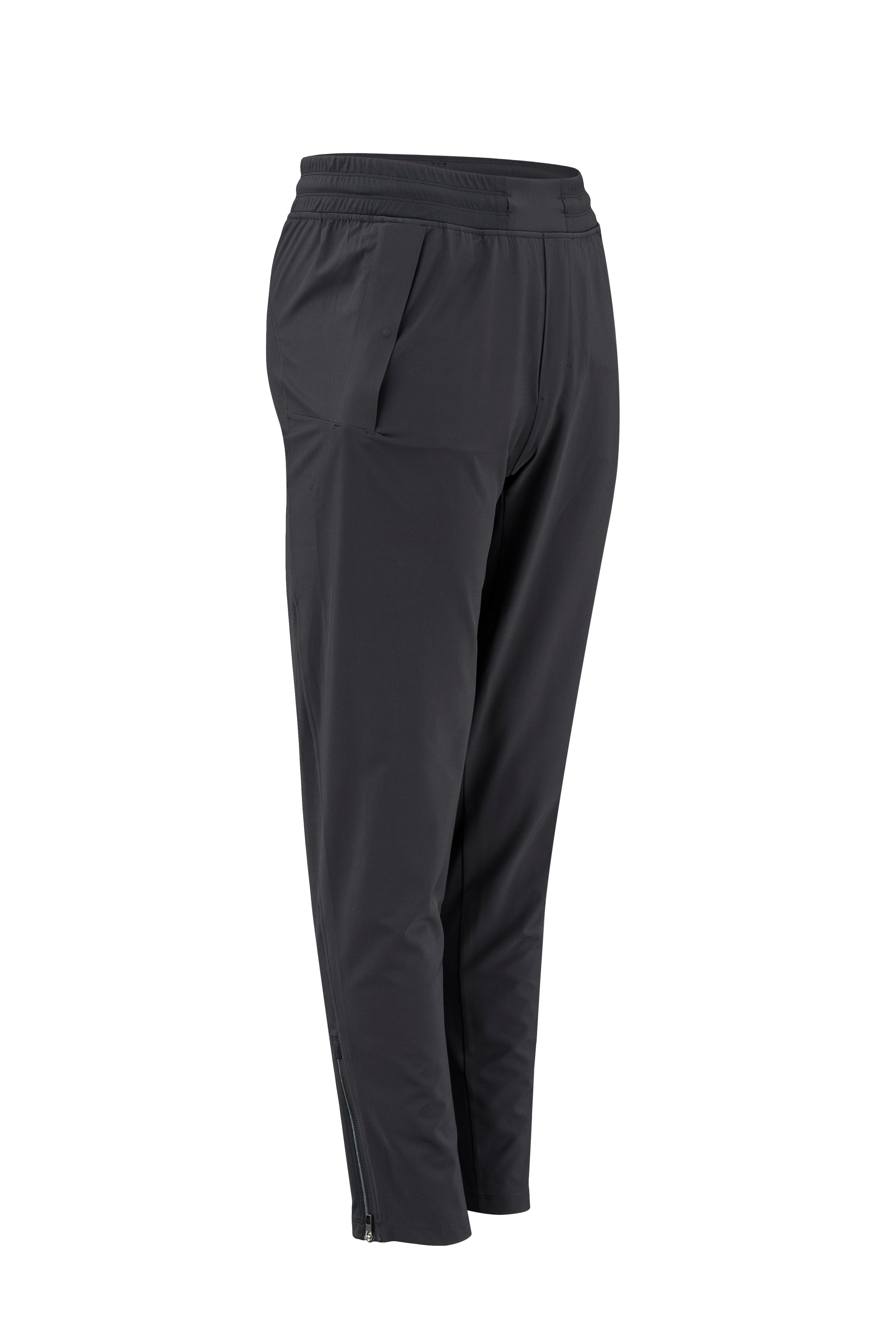 Lululemon Chill Motion Pant // Price: $118 // (Image: Lululemon){&amp;nbsp;}<p></p>