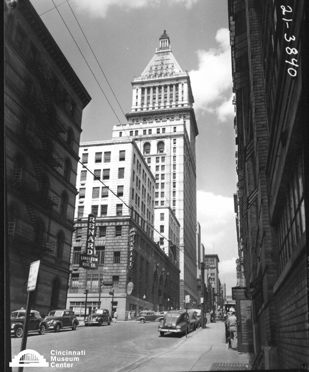 Looking north on Vine Street toward the 4th and Vine Tower in the early 20th Century / Image: Paul Briol,  accessed via the Cincinnati Museum Center History Library and Archives // Published: 2.16.19