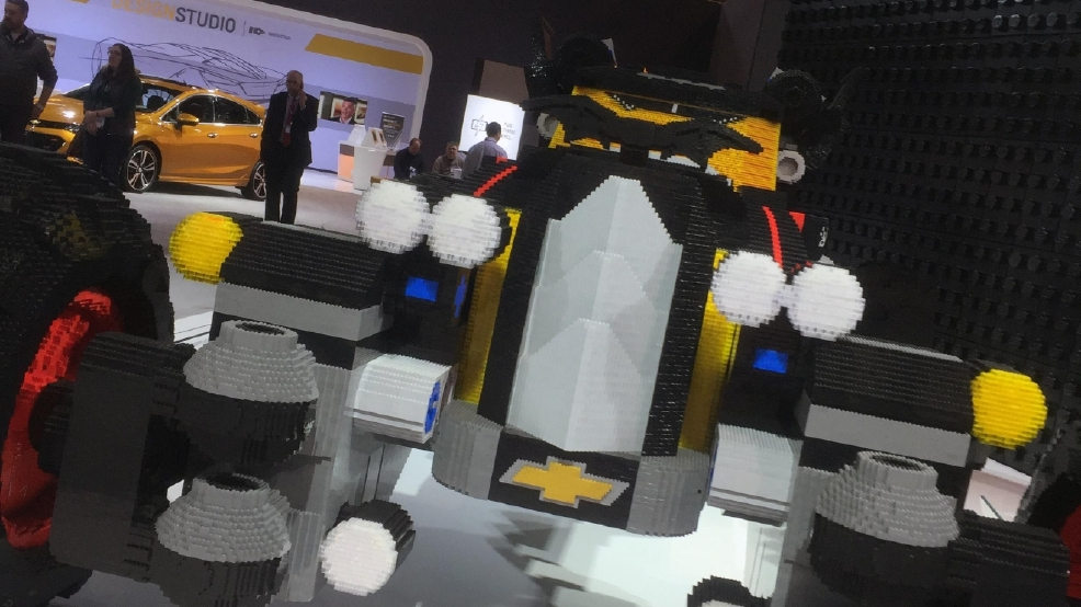 Gallery Lego Batmobile At The Chicago Auto Show Wrgt