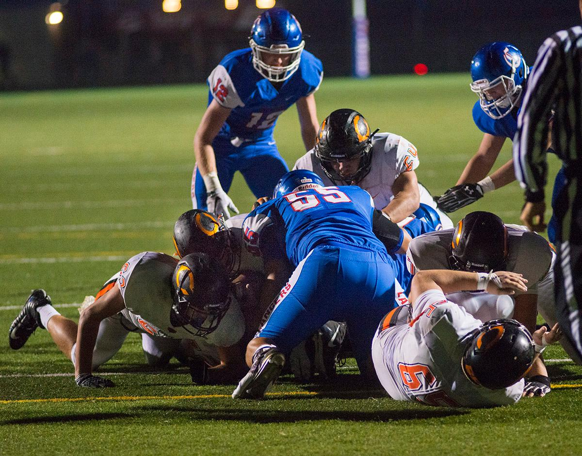 Crater Comets score a touchdown in the first half to make the score 34-7. Churchill defeated Crater 63-21 on Friday at their homecoming game. Churchill remains undefeated with a conference record of 9-0. Photo by Rhianna Gelhart, Oregon News Lab