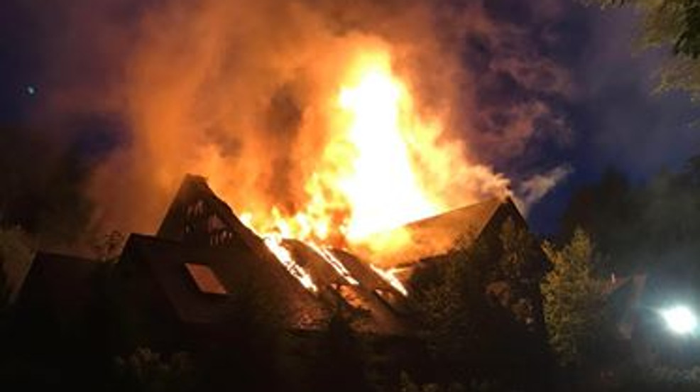 Sunday night blaze tears through house of celebrity cook ...Rachael Ray House Fire Drone