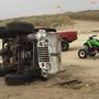 Police: Klamath Falls man dead after Jeep and motorcycle collide on Coos County beach