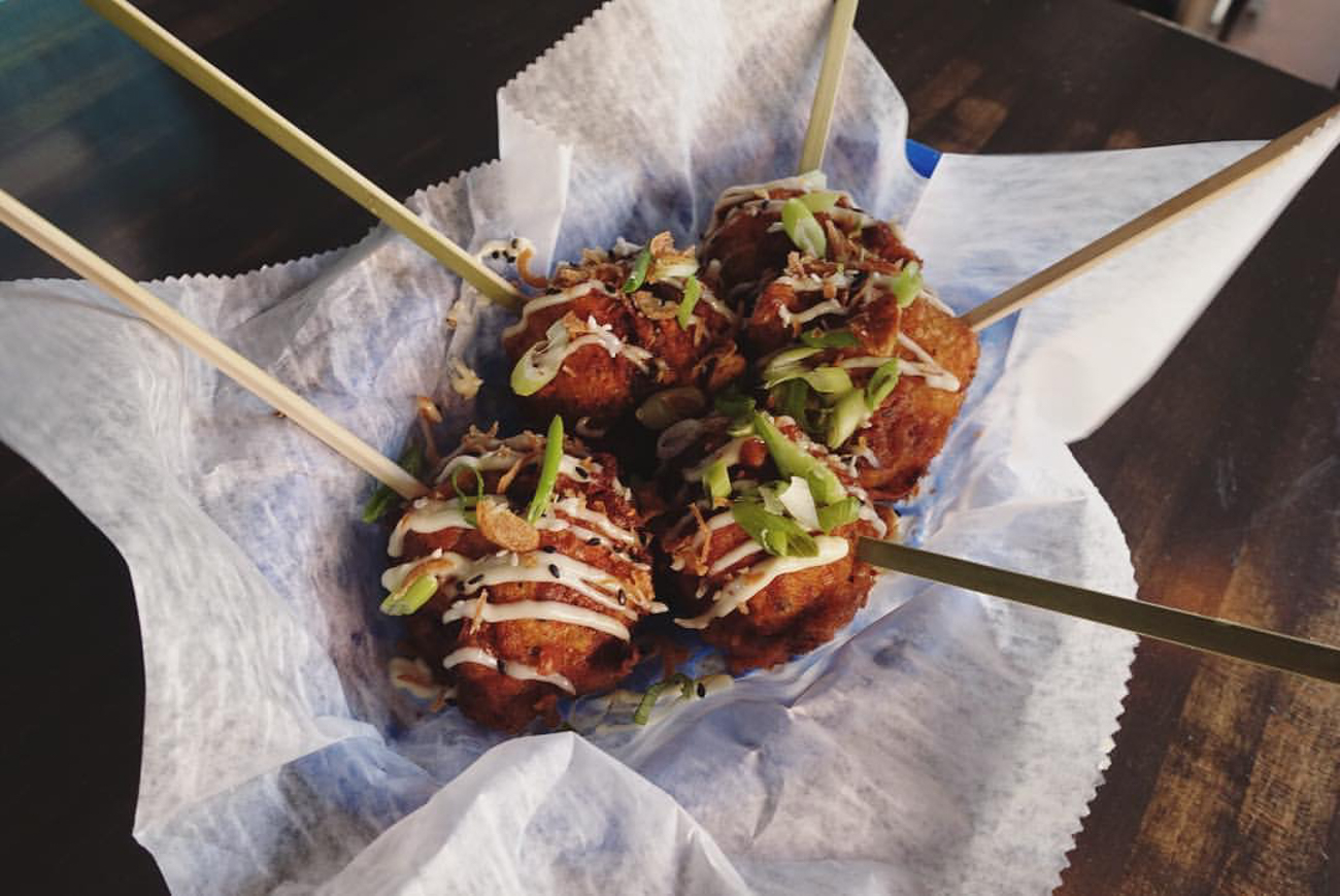 Tsukune: chicken meatballs, japanese mayo, soy bbq sauce, korean bbq sauce, and bonito / Image courtesy of Quan Hapa // Published: 1.10.17