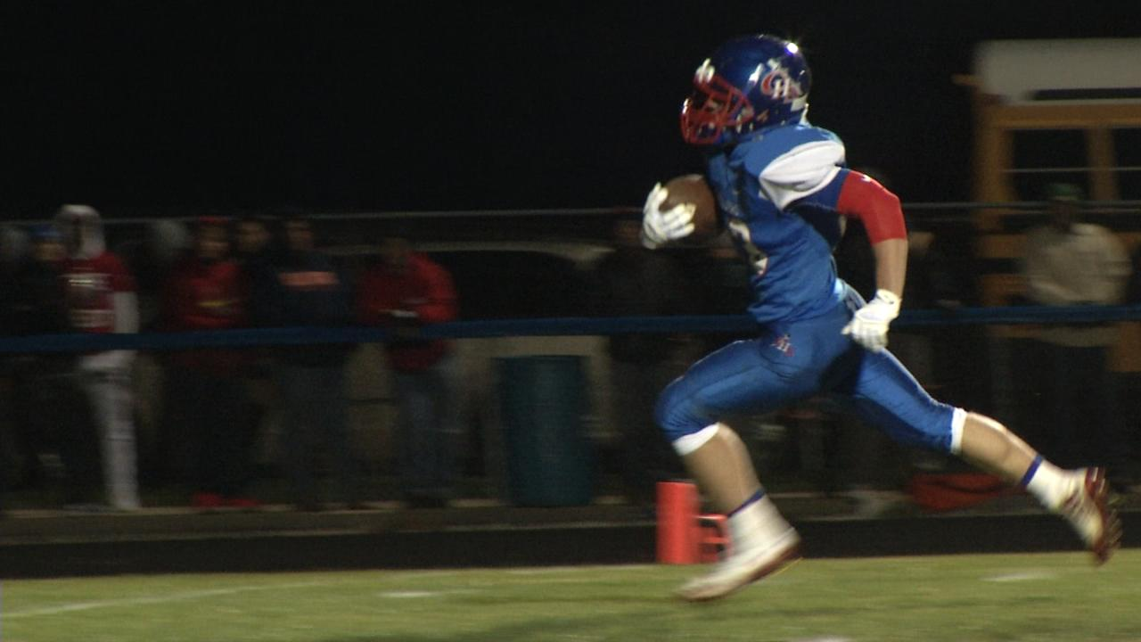 Carlinville handles E.A.W.R. in the 1st round