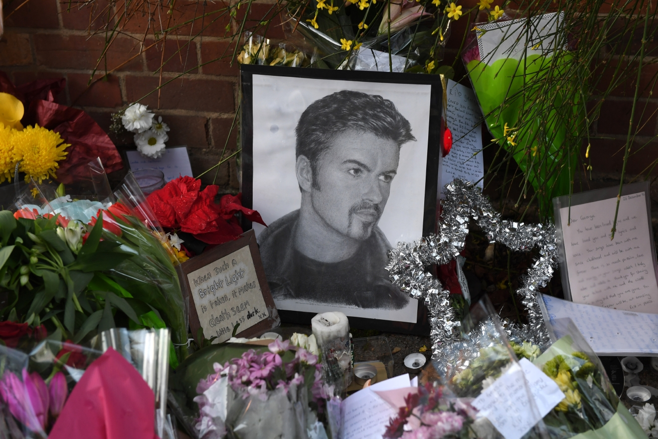 Floral tributes outside the Oxfordshire home of George Michael, where he was found dead on Christmas Day at Goring-on-Thames  Featuring: Atmosphere Where: Goring On Thames, United Kingdom When: 28 Dec 2016 Credit: Paul Jacobs/WENN.com
