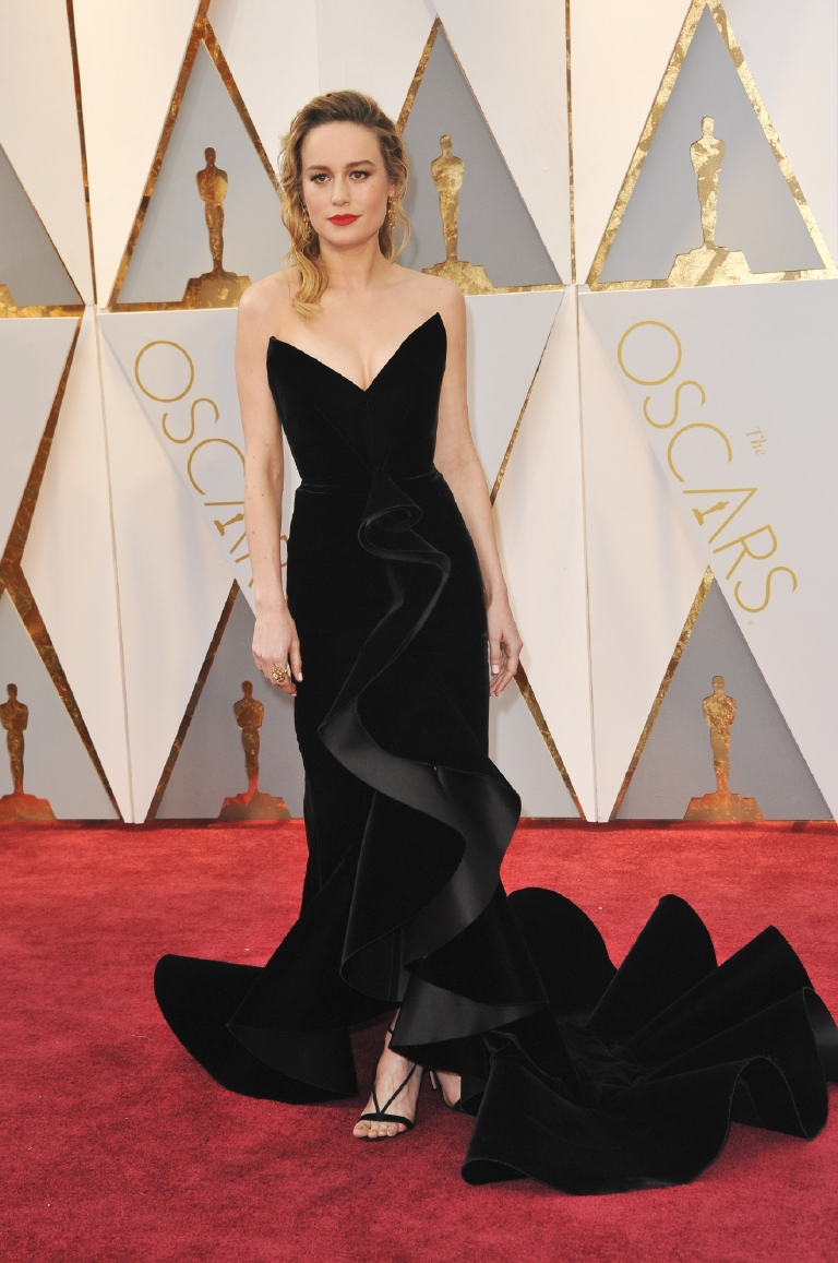This woman is rapidly becoming the queen of award season! Her structural black velvet Oscar de la Renta gown and Aquazzura sandals make her look positively regal.  I do wish she had done a bit more with her locks though -- they are a little lackluster. (Image: Apega/WENN.com)