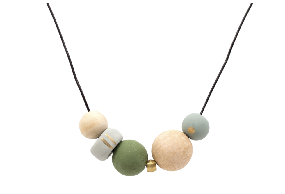 The Victorine Necklace by  Ecru from Moorea Seal Collection ($46). Find on mooreaseal.com. (Image: Moorea Seal)