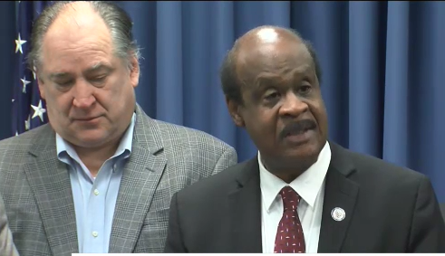 Montgomery County Executive Ike Leggett speaking on plans for a 'bus rapid transit'. (ABC7 photo)