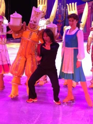 "FOX 25 Morning News' Terre Gables is getting her groove on with the ""Disney on Ice"" cast"