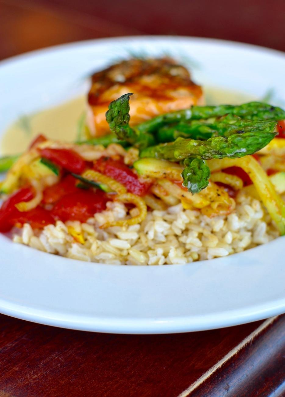 Grilled Salmon Filet: sautéed zucchini, fennel, tomato, brown rice, grilled asparagus, dill beurre blanc / Image: Leah Zipperstein, Cincinnati Refined // Published: 9.4.17