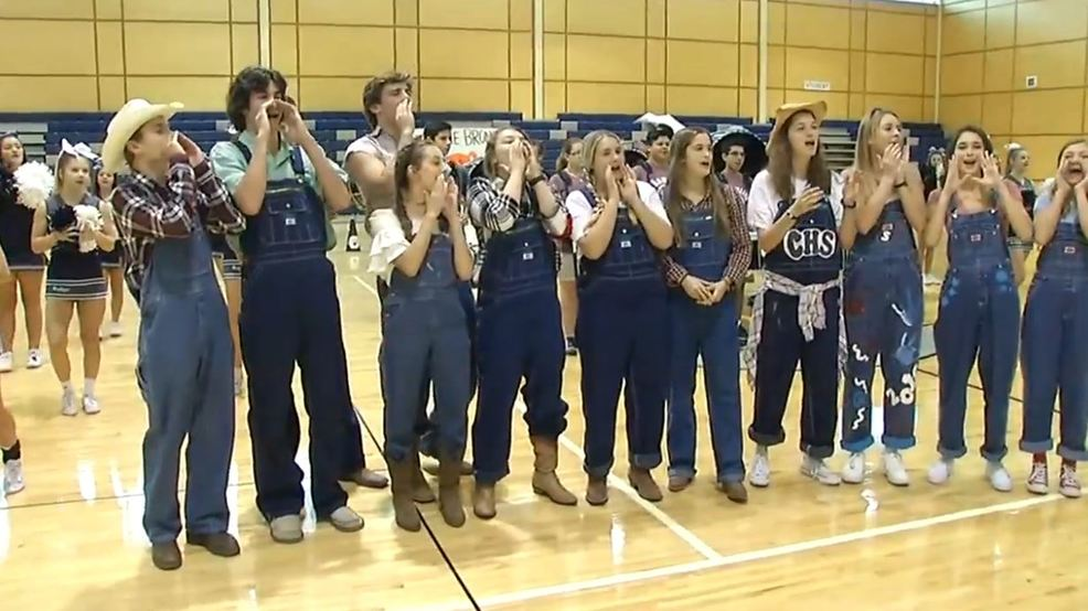 2017: Boerne Champion Pep Rally