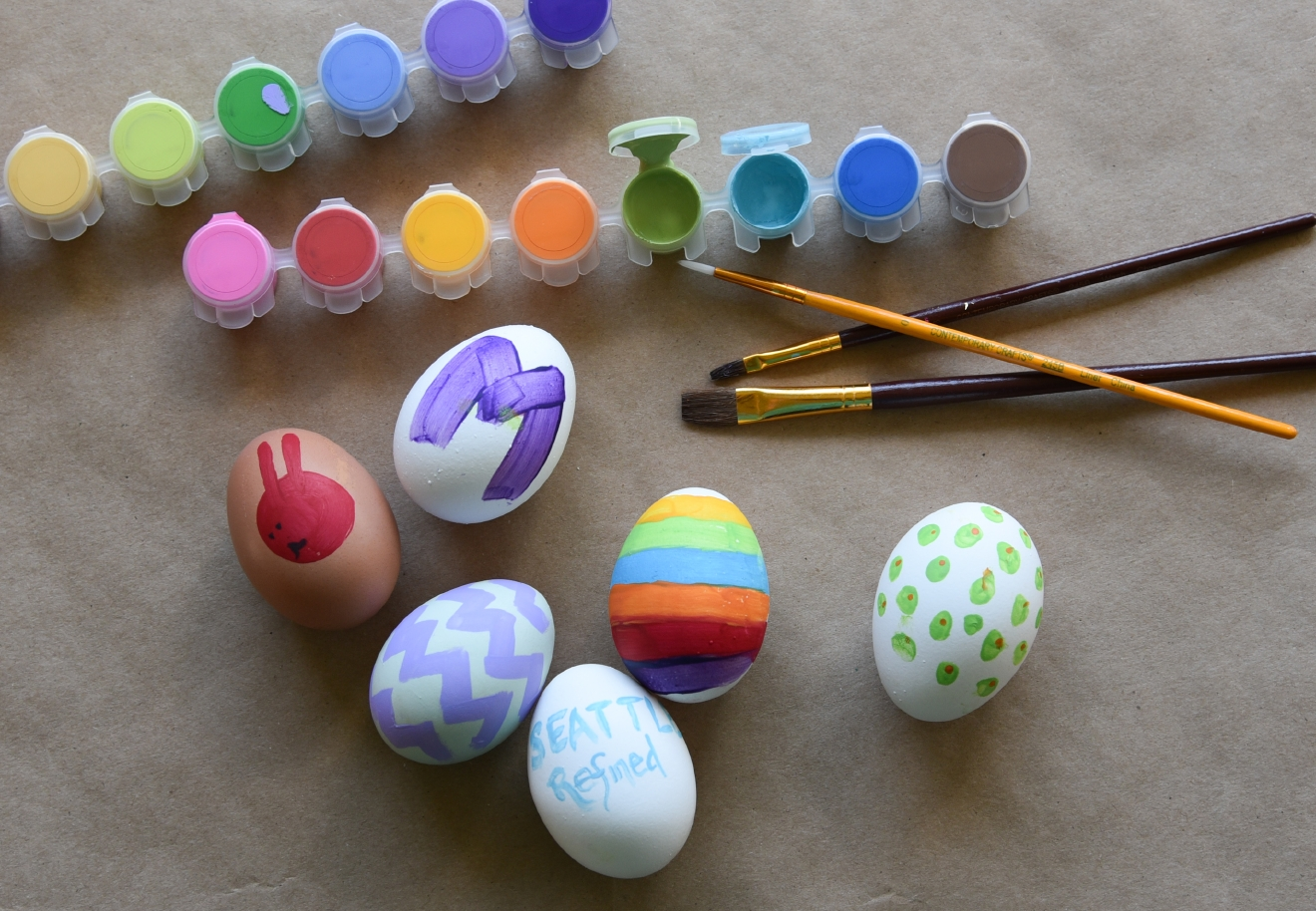 Use acrylic paint to design saturated eggs. (Image: Rebecca Mongrain/Seattle Refined)