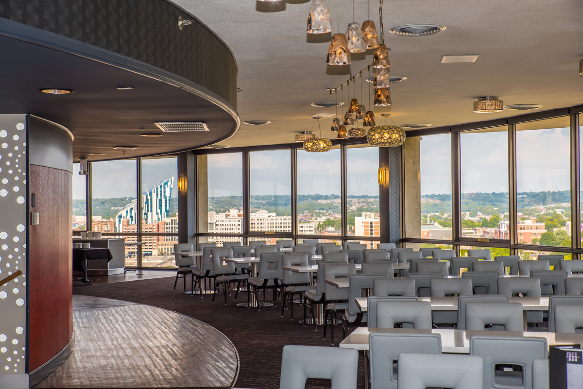 "High atop the Radisson hotel in Covington sits Eighteen, a revolving restaurant that complements its fine dining menu with a 360-degree view of the Cincinnati and NKY area. A steakhouse at its core, the restaurant offers an ""eclectic selection"" of menu items for a variety of tastes and dining preferences. ADDRESS: 668 West Fifth Street, Covington, KY 41011 / Image: Sherry Lachelle Photography // Published: 8.26.17"