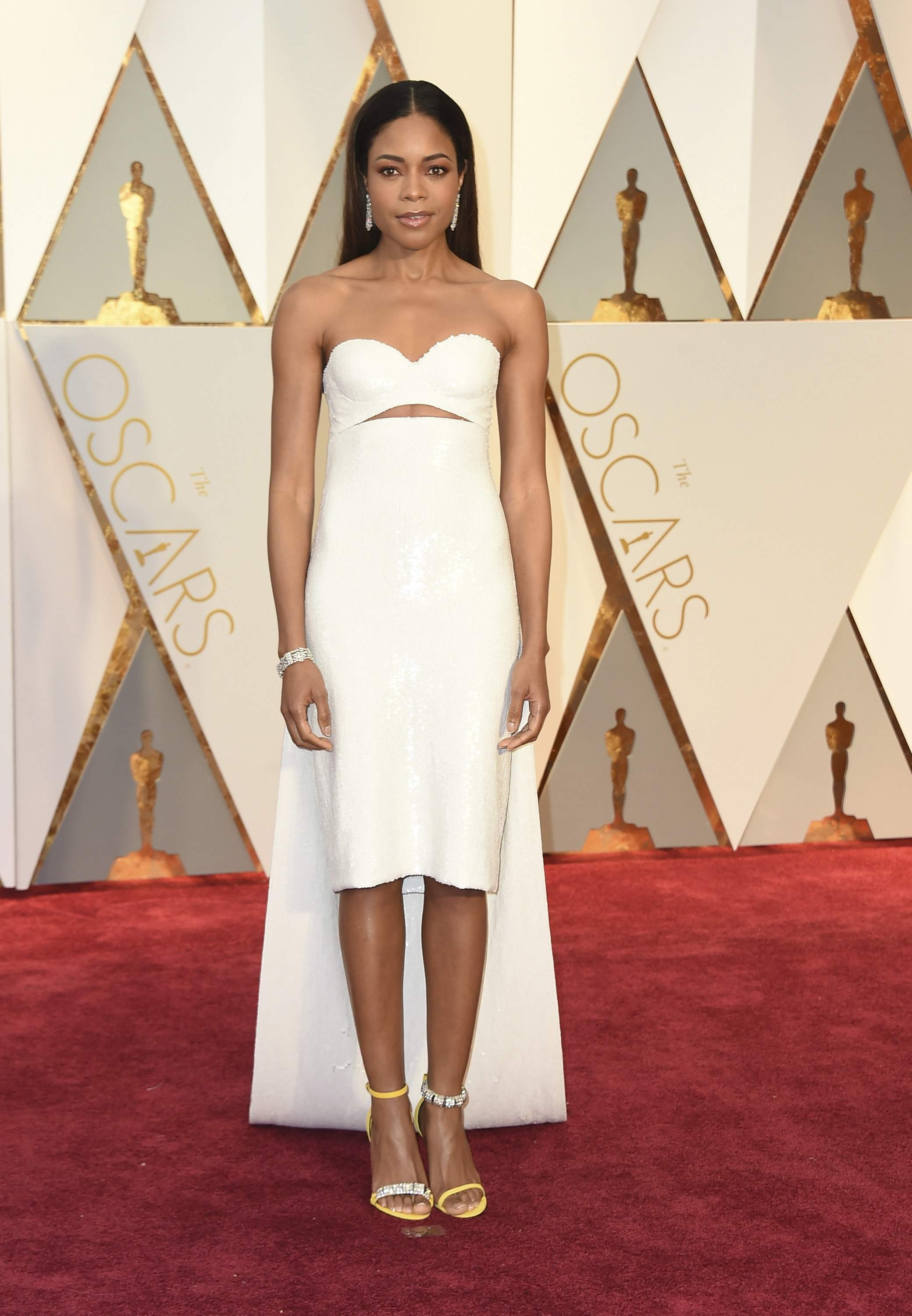 Naomie Harris arrives at the Oscars on Sunday, Feb. 26, 2017, at the Dolby Theatre in Los Angeles. THE ASSOCIATED PRESS