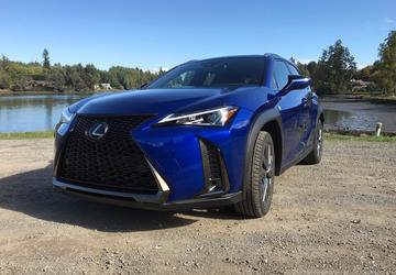 2019 Lexus UX: Lexus' littlest SUV gets class, comfort and style [First Look]