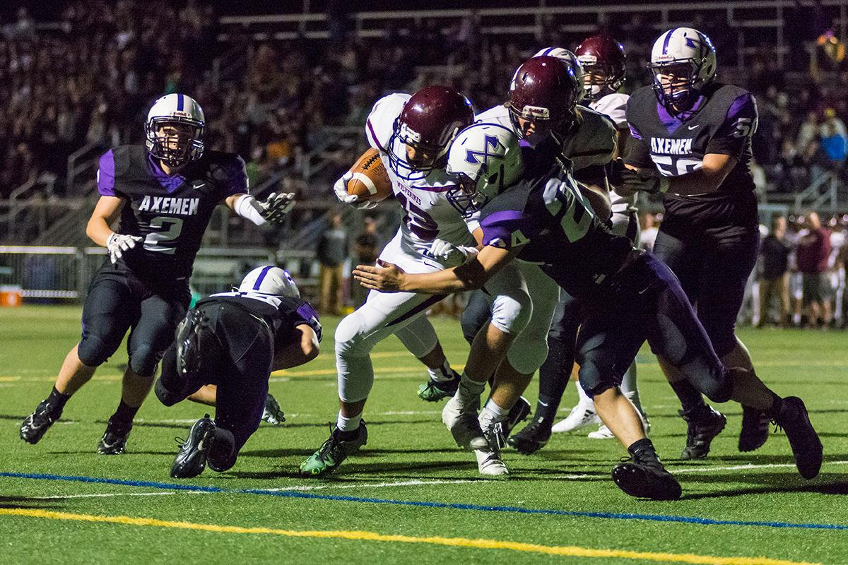 Willamette Wolverines running back Kalvyn Young scores in the forst quarter against South Eugene Axemen in their Sept. 29 matchup at South Eugene high school. (Colin Houck/ for KVAL)