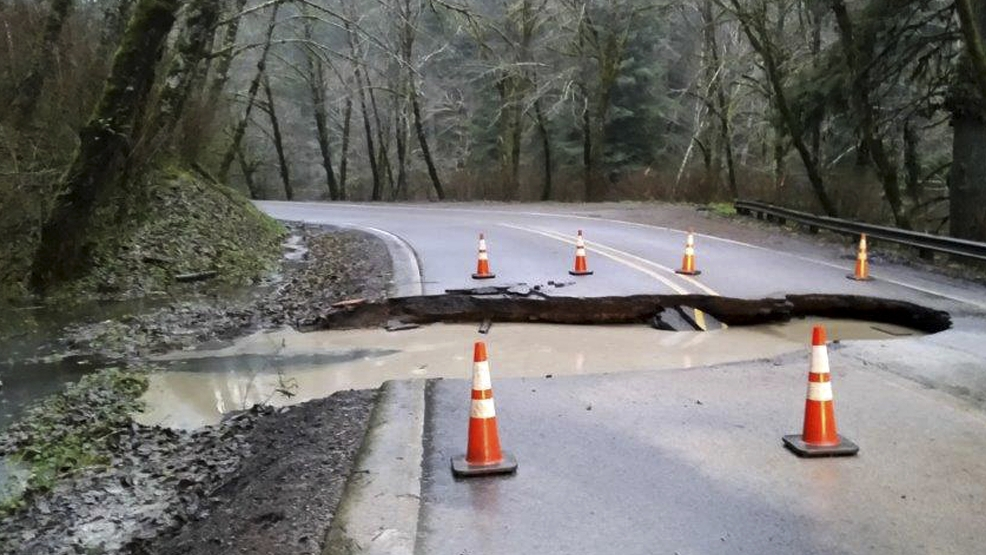 I5 mudslide tops growing list of stormcaused road closures KATU