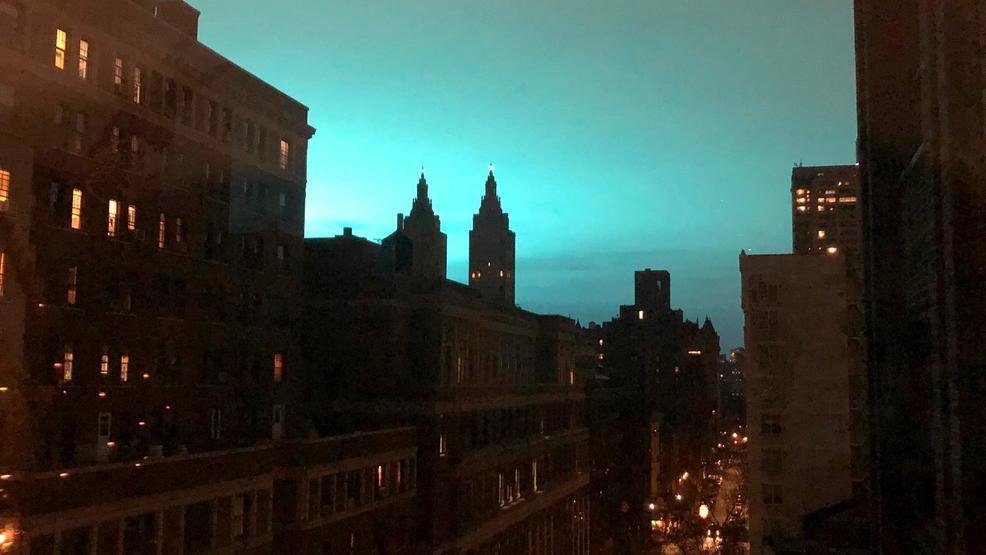 No Aliens Ny Transformer Explosion Lights Sky Knocks Power Katu