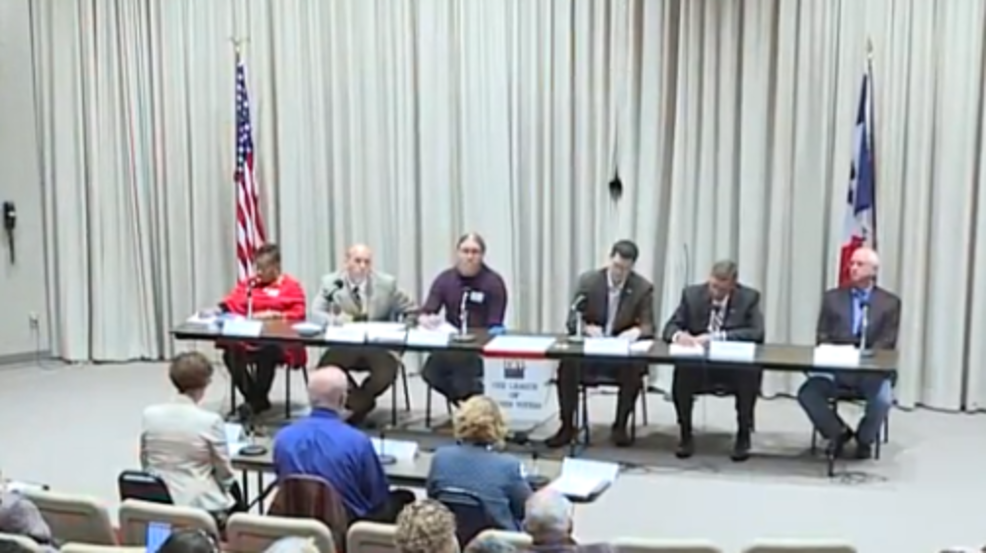 candidates running for office in woodbury county participate in debate