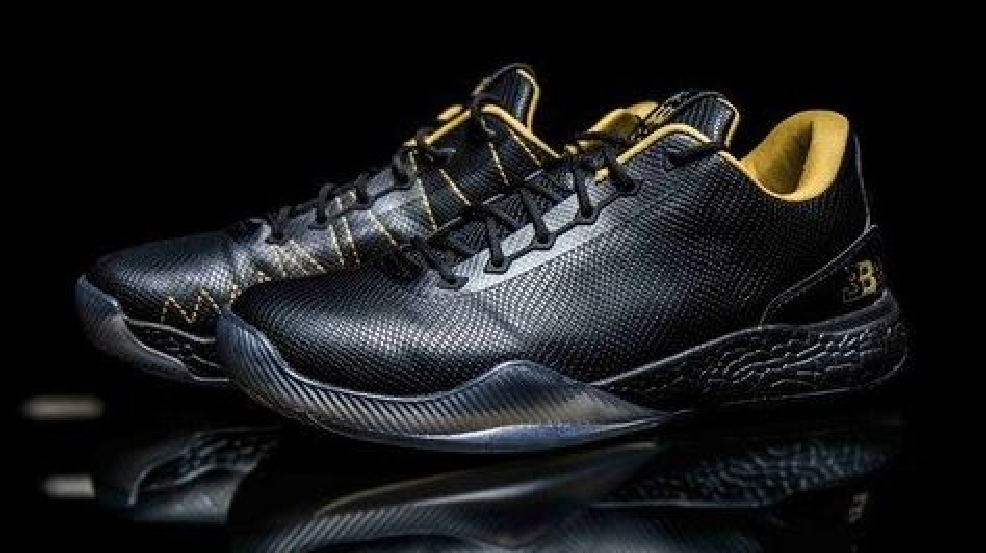 reputable site b5cce 35b4a LaVar Ball's company unveils son Lonzo Ball's $495 shoes | KMYS