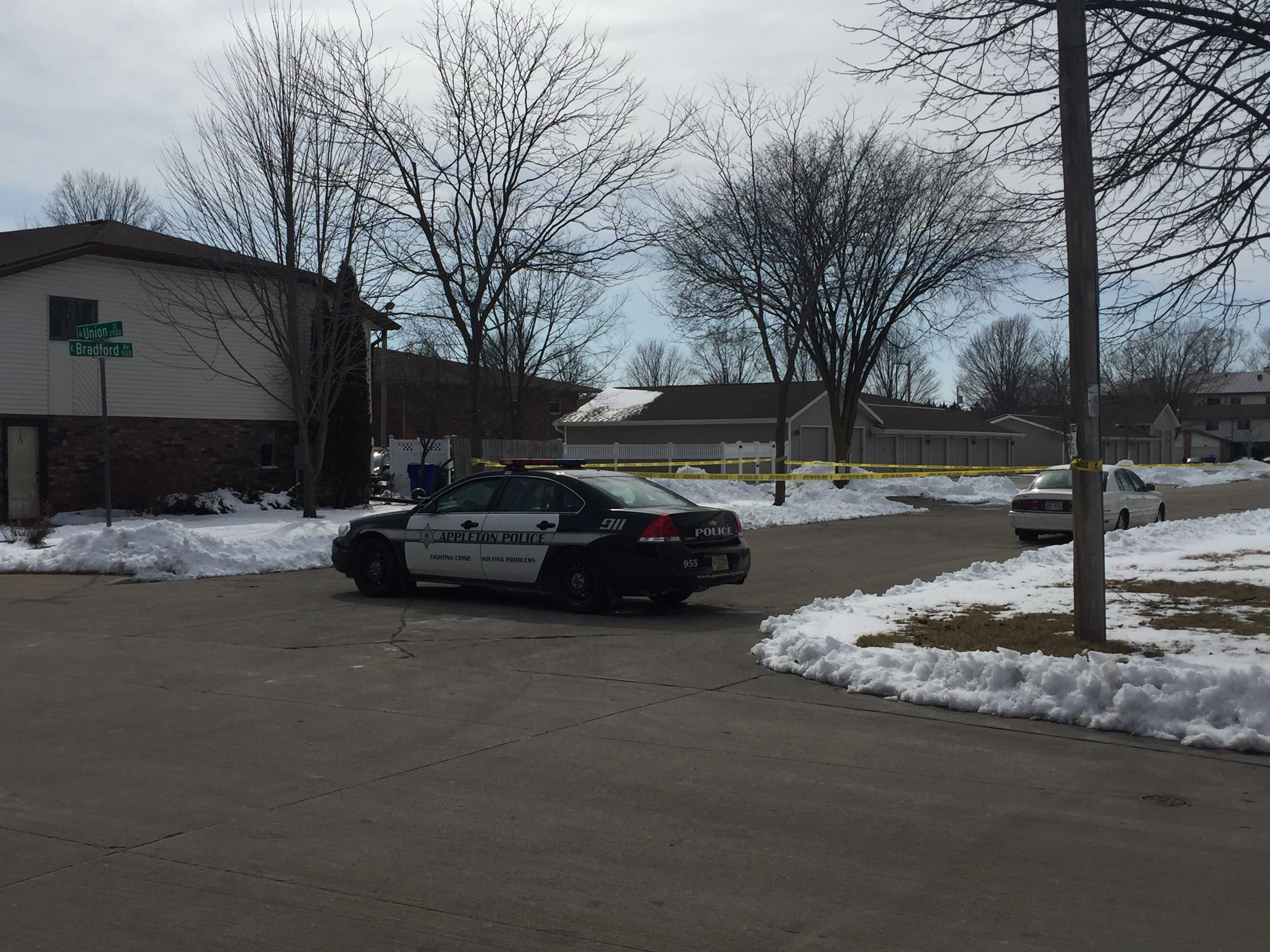 Appleton police on scene investigating a suspicious incident at{&amp;nbsp;}E Bradford Ave and N Union Street, April 5, 2018. (WLUK/Mike Moon)<p></p>